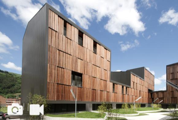 Social Housing / Mieres